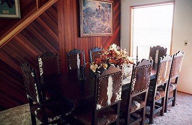 Decorating Studio - Dining Room Furniture