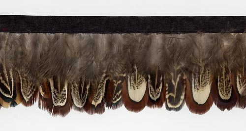 soft shadow feather trim