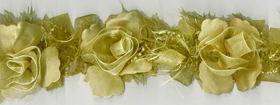 """""""Golden Ivory"""" Organza/Chenille Flower Trim yard(s) - Product Image"""